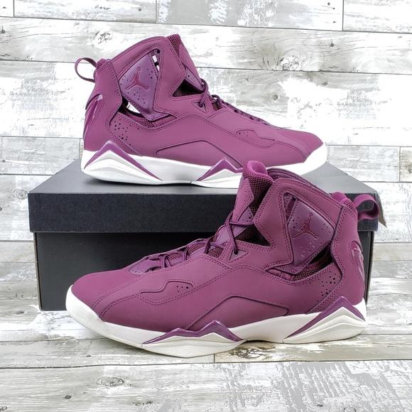 945253e6bd1c Jordan True Flight Mens Basketball Shoe Red Maroon